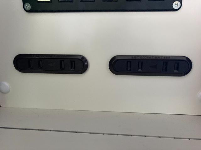 SロングDX GLパッケージ 家庭用エアコン 冷蔵庫 シンク SDナビ フルセグ バックカメラ ETC リア常設Wベッド 対座テーブルベッド エクステイションBOX キャンバー鹿児島社Rem べバストFFヒーター(24枚目)