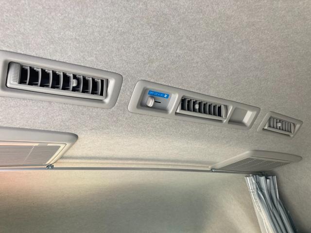 SロングDX GLパッケージ 家庭用エアコン 冷蔵庫 シンク SDナビ フルセグ バックカメラ ETC リア常設Wベッド 対座テーブルベッド エクステイションBOX キャンバー鹿児島社Rem べバストFFヒーター(36枚目)