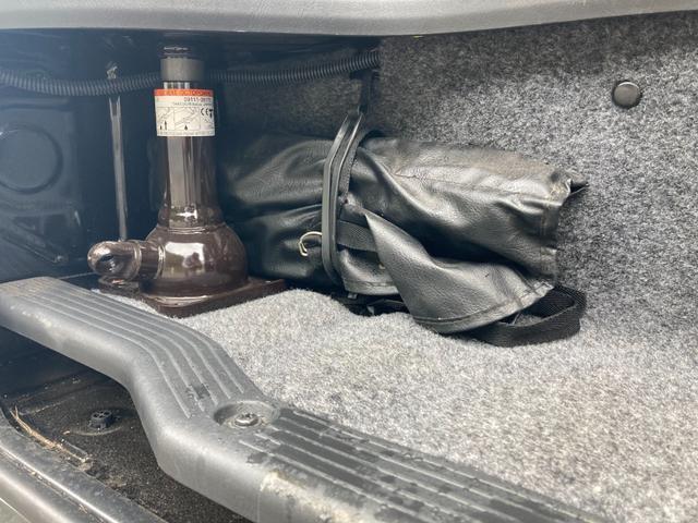 SロングDX GLパッケージ 家庭用エアコン 冷蔵庫 シンク SDナビ フルセグ バックカメラ ETC リア常設Wベッド 対座テーブルベッド エクステイションBOX キャンバー鹿児島社Rem べバストFFヒーター(38枚目)