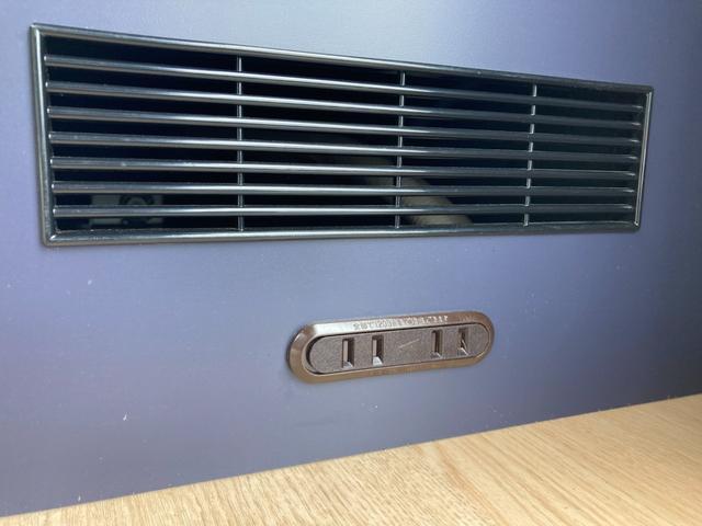 SロングDX GLパッケージ 家庭用エアコン 冷蔵庫 シンク SDナビ フルセグ バックカメラ ETC リア常設Wベッド 対座テーブルベッド エクステイションBOX キャンバー鹿児島社Rem べバストFFヒーター(44枚目)