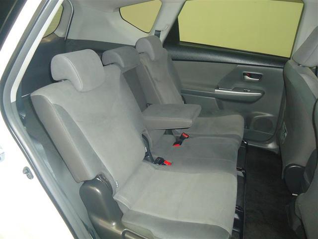トヨタ プリウスアルファ Sツーリングセレクション
