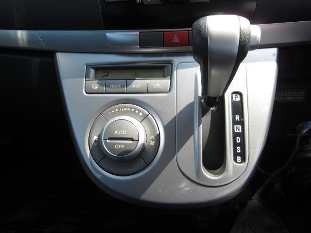 トヨタ カローラルミオン 1.5G メモリーナビフルセグTV