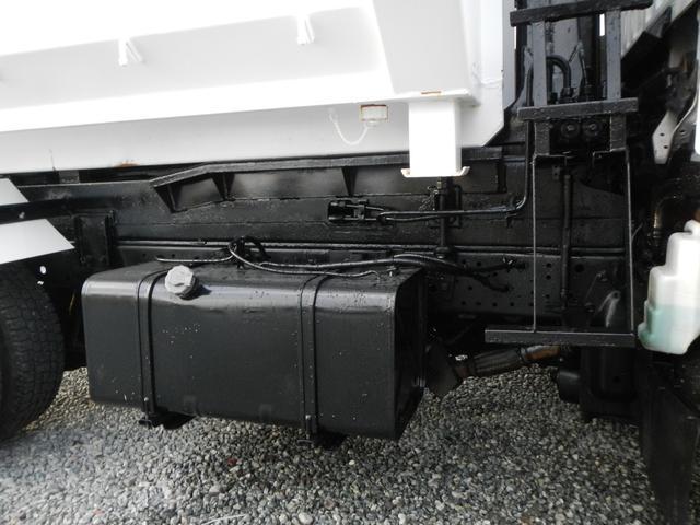 いすゞ エルフトラック 2t アームロール 5速MT