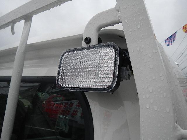 ダイハツ ハイゼットトラック ジャンボ キーレス 4WD 5MT CD 基本フル装備