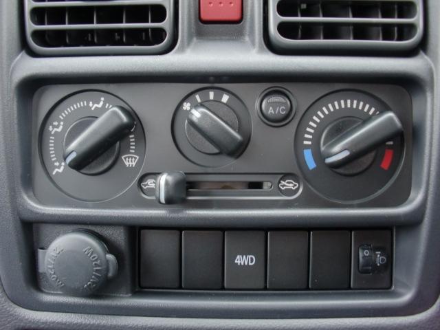 DX エアコン パワーステアリング 運転席エアバック 4WD(11枚目)