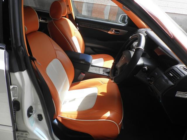 グランツーリスモ300SV ナビED II Largus車高調 VOSSEN20インチアルミホイール 社外2本出しマフラーオレンジ/ホワイトシートカバー(15枚目)