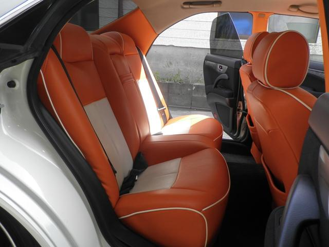 グランツーリスモ300SV ナビED II Largus車高調 VOSSEN20インチアルミホイール 社外2本出しマフラーオレンジ/ホワイトシートカバー(17枚目)