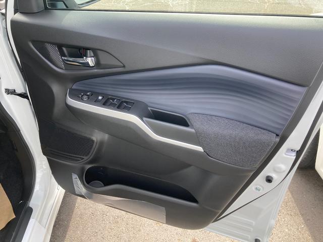 登録済未使用車 衝突被害軽減ブレーキサポート 新品ナビ アラウンドビューモニター オートライト エンジンプッシュスタート 左側電動スライドドア(24枚目)