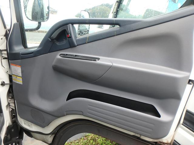 三菱ふそう キャンター オートマ ディーゼル フル装備 2t 平ボディ