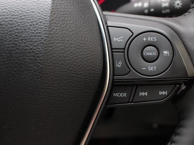 S スポーツスタイル 革シート フルセグ DVD再生 ミュージックプレイヤー接続可 バックカメラ 衝突被害軽減システム ETC LEDヘッドランプ 記録簿(17枚目)