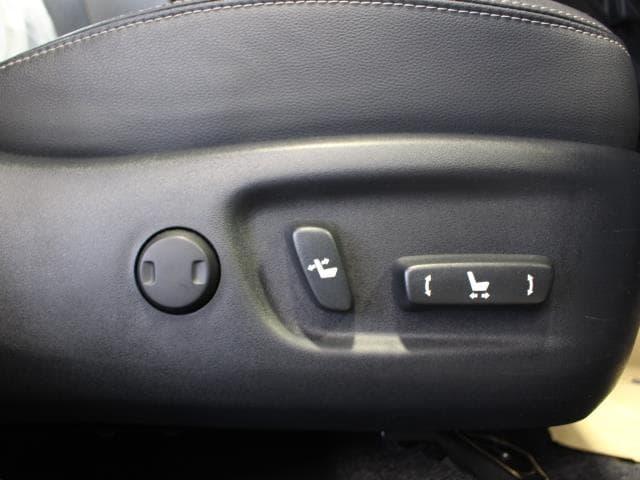 「トヨタ」「プリウス」「セダン」「鹿児島県」の中古車5