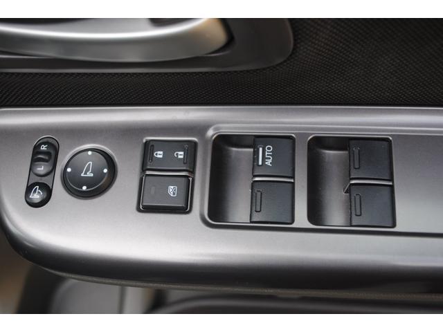 運転席ドアスイッチ類です。