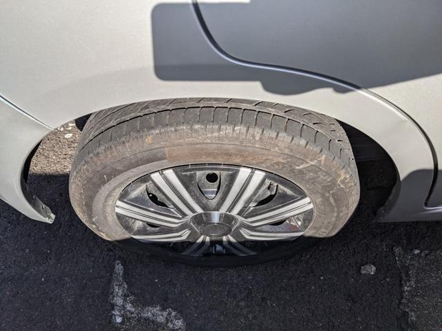 S 5速マニュアル車 CD 電動格納ミラー ABS(6枚目)