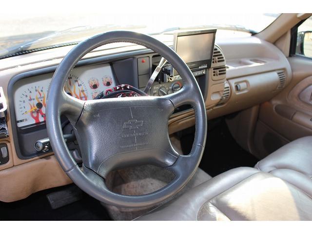 「シボレー」「シボレー サバーバン」「SUV・クロカン」「鹿児島県」の中古車33
