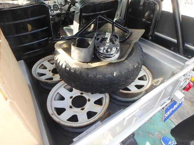 ディーゼルターボ 4WD 純正ホイール有/幌付き(15枚目)