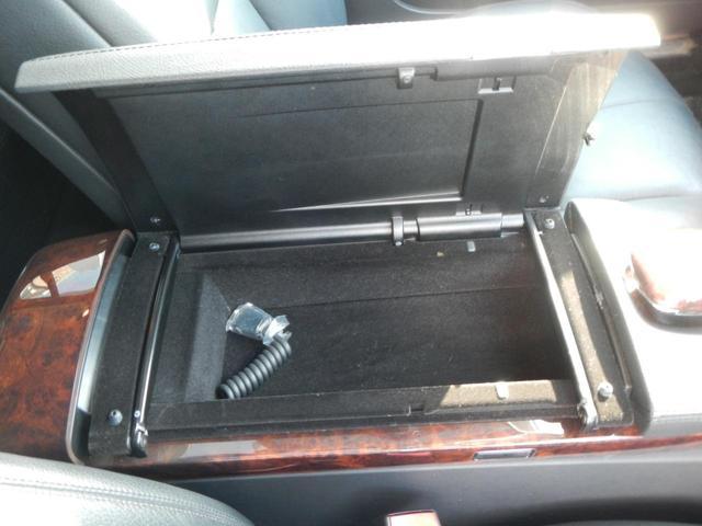 S350 S65AMGエアロ ディーラー車 20インチAW AMGマフラー 本革電動シート サンルーフ 純正ナビ バックカメラ シートヒーター ETC 障害物センサー(32枚目)