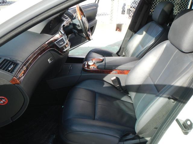 S350 S65AMGエアロ ディーラー車 20インチAW AMGマフラー 本革電動シート サンルーフ 純正ナビ バックカメラ シートヒーター ETC 障害物センサー(42枚目)