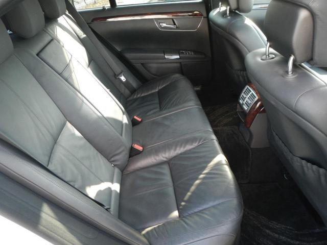 S350 S65AMGエアロ ディーラー車 20インチAW AMGマフラー 本革電動シート サンルーフ 純正ナビ バックカメラ シートヒーター ETC 障害物センサー(49枚目)