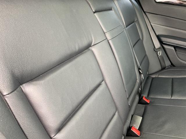 E400 アバンギャルド AMGライン V6 BITURBO ディーラー車 右ハンドル ニッチェ19inアルミ AMGルックグリル LEDライト マフラー中間カスタム トランクスポイラー サンルーフ レザーパワーシート(49枚目)