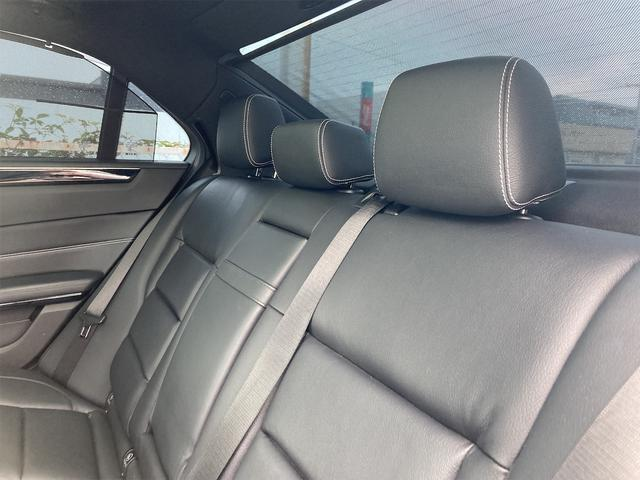 E400 アバンギャルド AMGライン V6 BITURBO ディーラー車 右ハンドル ニッチェ19inアルミ AMGルックグリル LEDライト マフラー中間カスタム トランクスポイラー サンルーフ レザーパワーシート(66枚目)