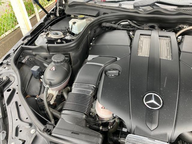 E400 アバンギャルド AMGライン V6 BITURBO ディーラー車 右ハンドル ニッチェ19inアルミ AMGルックグリル LEDライト マフラー中間カスタム トランクスポイラー サンルーフ レザーパワーシート(74枚目)