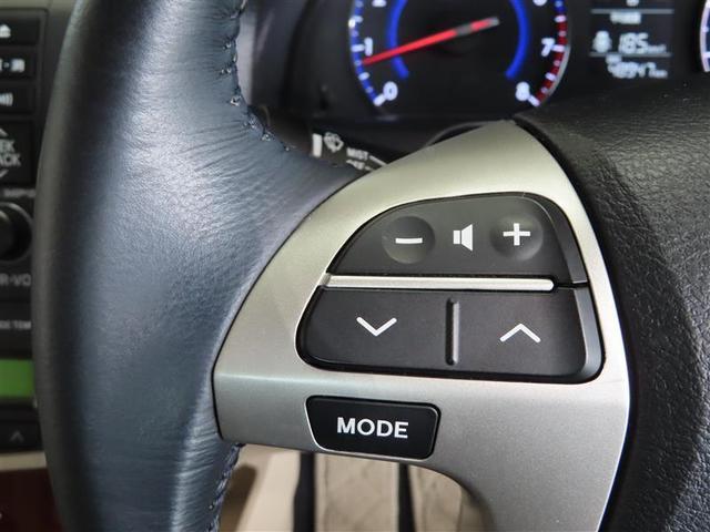 外装ボディ・タイヤはもちろん、エンジンルームまで積極的に。ボディの汚れや鉄粉を洗浄し、磨き上げ・コーティング。タイヤ・ホイール・エンジンルームまで、しっかり洗浄。