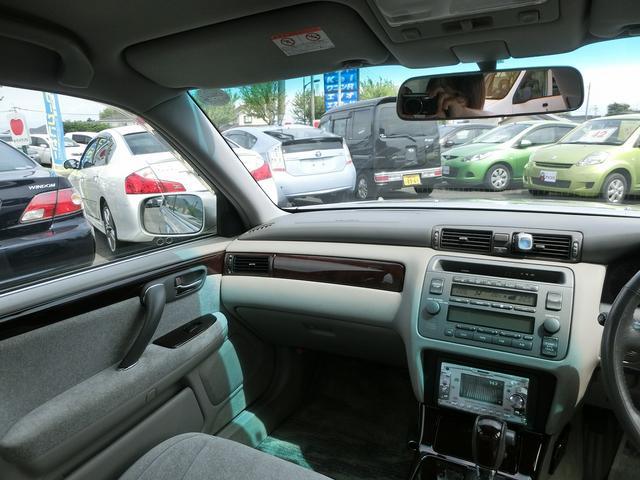 トヨタ クラウン ロイヤルエクストラ