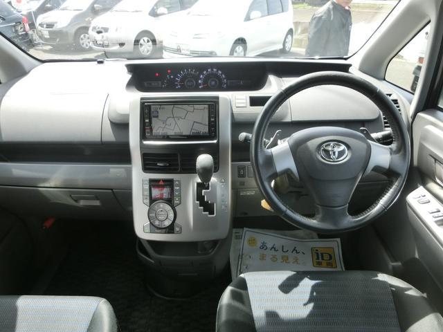 トヨタ ヴォクシー ZS HDDナビ リヤモニター TV