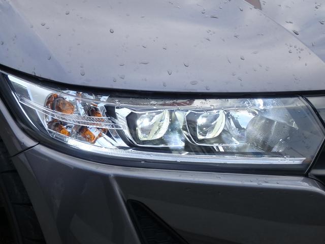 α オートマ 衝突防止ブレーキ LEDヘッドライト(5枚目)
