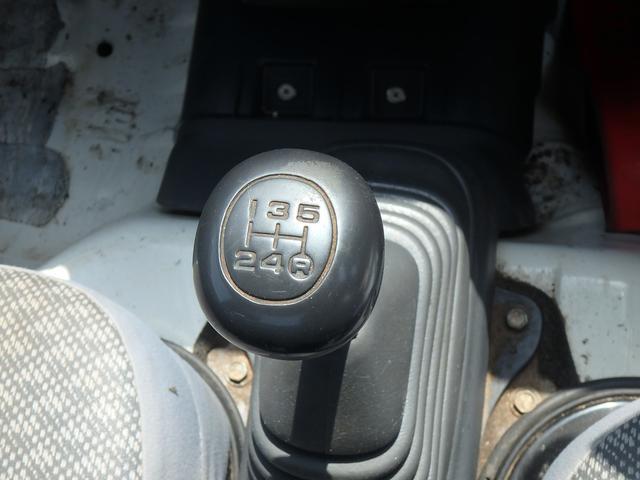 エアコン・パワステ スペシャル 5MT 4WD(14枚目)