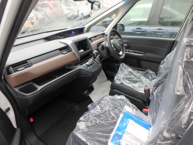 クロスター・ホンダセンシング 登録済未使用車 メーカーオプションナビスペLED付 両側電動スライドドア ETC(12枚目)
