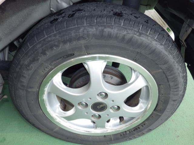 タイヤ4本交換して納車致します。