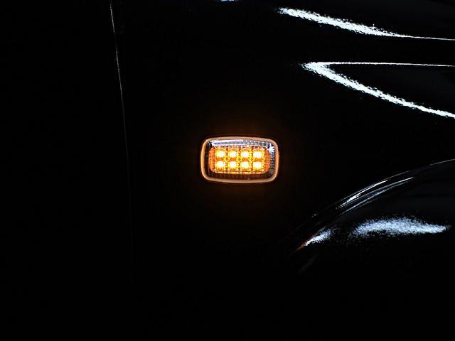 夜の点灯時の写真です!小さいパーツですが車体側面で輝く唯一のパーツ。クリスタルLEDサイドマーカーにすることによりボディを際立たせます。他にスモークLED・レトロオレンジなどがあります!