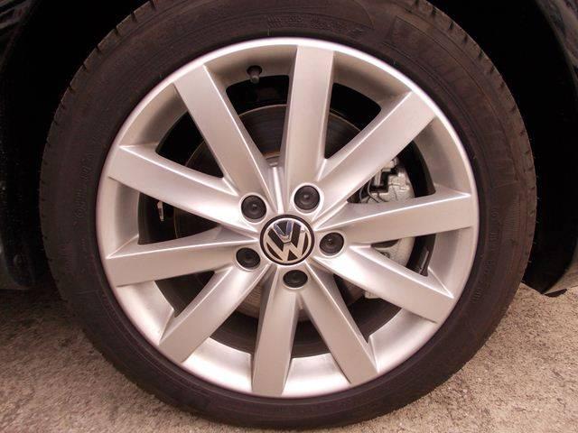 フォルクスワーゲン VW ゴルフ TSIハイライン オートエアコン キーレス セキュリティ