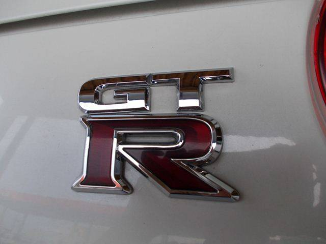 日産 GT-R ベースグレード HDDナビ HID インテリキー アルミ