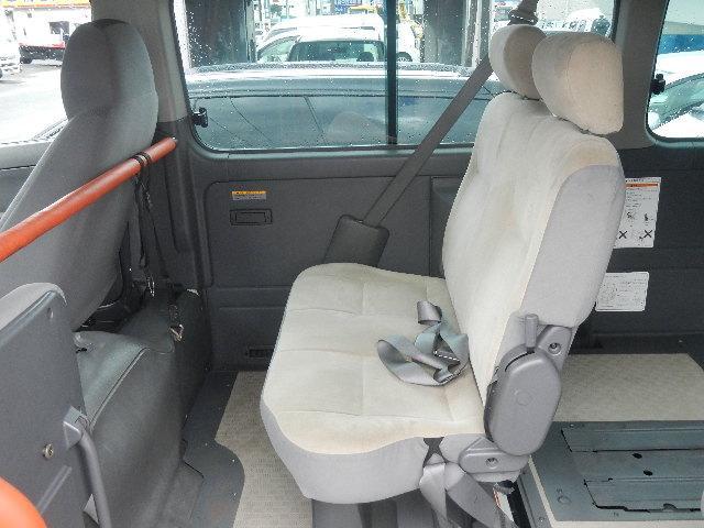 福祉車輌 車椅子2台積移動車 基本フル装備 リヤエアコン(15枚目)