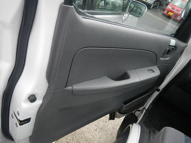 福祉車輌 車椅子2台積移動車 基本フル装備 リヤエアコン(16枚目)