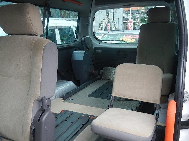 福祉車輌 車椅子2台積移動車 基本フル装備 リヤエアコン(17枚目)