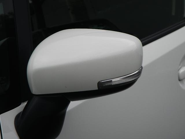 鍵の開閉と同時に動くオートドアミラーになります!