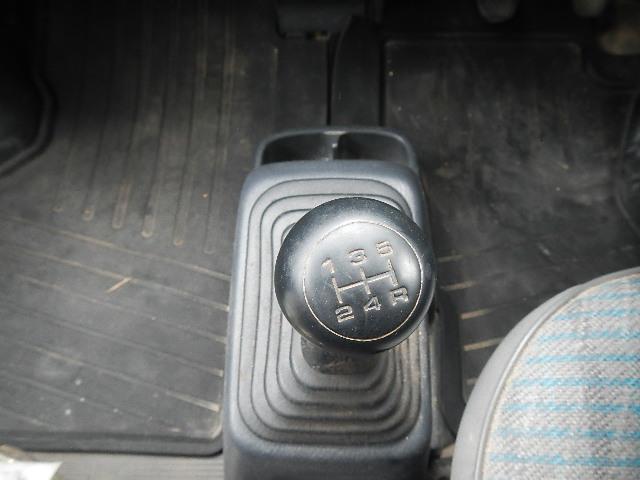 SDX パワステ 5MT 4WD エアバッグ(7枚目)