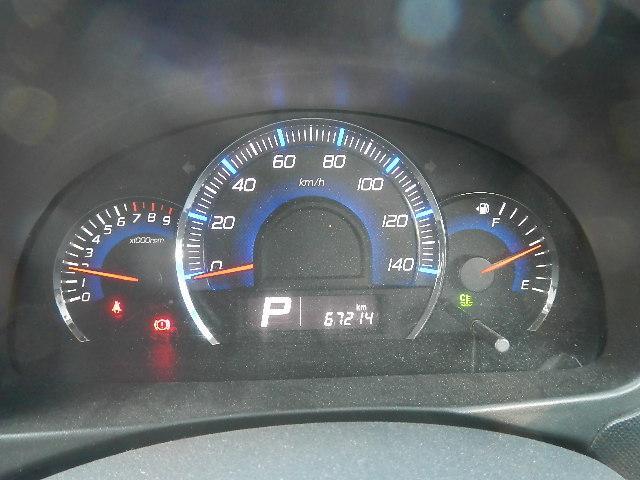 スズキ ワゴンRスティングレー X スマートキー・CD・ベンチシート・アルミホイール・HID