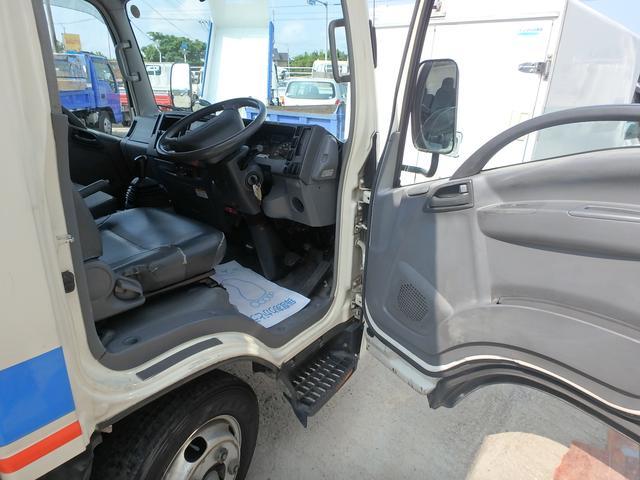 冷蔵冷凍車 5速MT ETC フル装備 Wタイヤ エアB(16枚目)