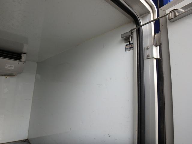 冷蔵冷凍車 左スライドドア マイナス5度 5速ミッション車(10枚目)