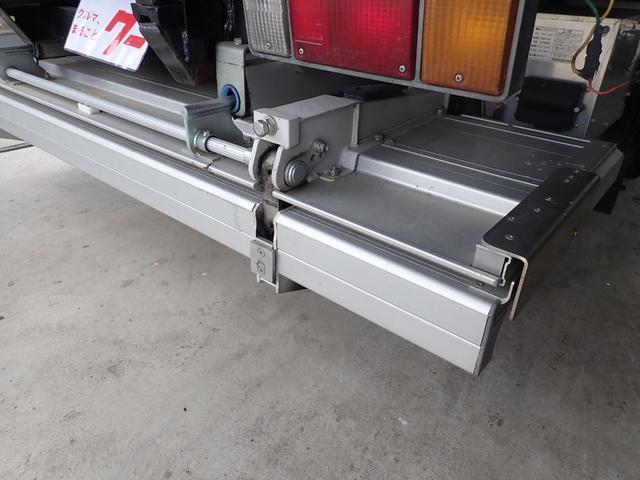 冷蔵冷凍車 格納パワーゲート 3t積 6速ミッション車(11枚目)
