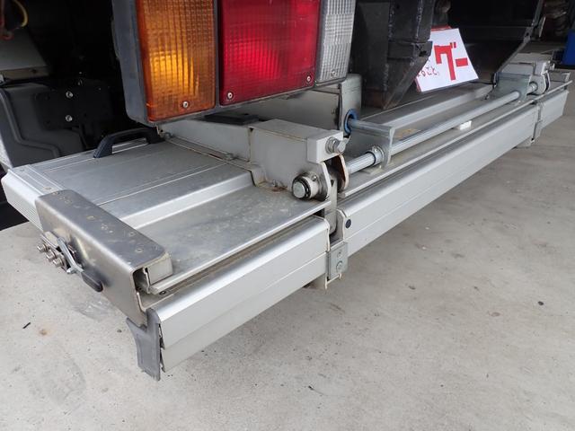 冷蔵冷凍車 格納パワーゲート 3t積 6速ミッション車(12枚目)