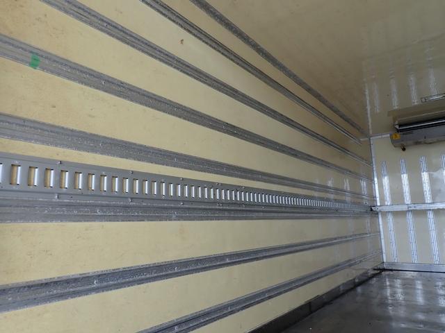 冷蔵冷凍車 格納パワーゲート 3t積 6速ミッション車(14枚目)