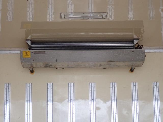 冷蔵冷凍車 格納パワーゲート 3t積 6速ミッション車(17枚目)