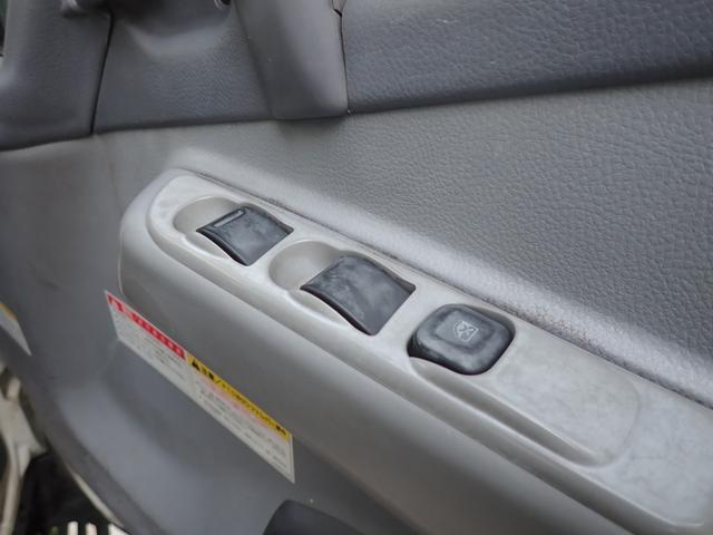 ユニック車 タダノ3段クレーン ラジコン 2t積 ETC 5速ミッション車(19枚目)