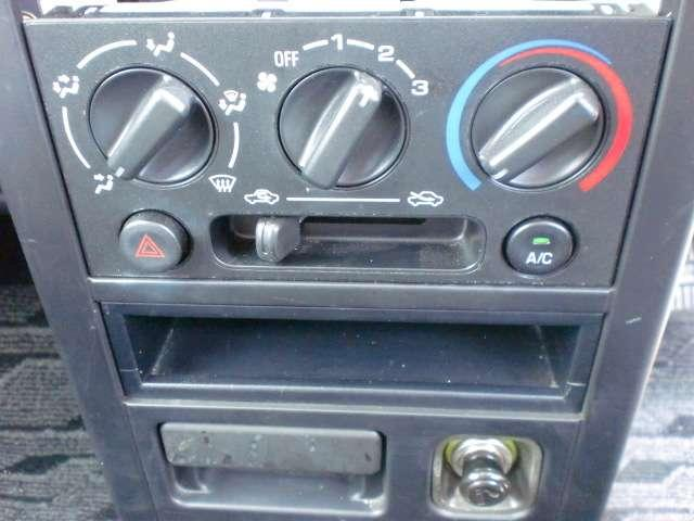 ダイハツ ネイキッド L キーレス CDデッキ バイザー リアプライバシーガラス