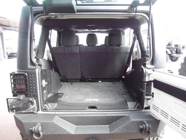 クライスラー・ジープ クライスラージープ ラングラーアンリミテッド リフトアップXD20inFRSロックバンパーフルセグナビ